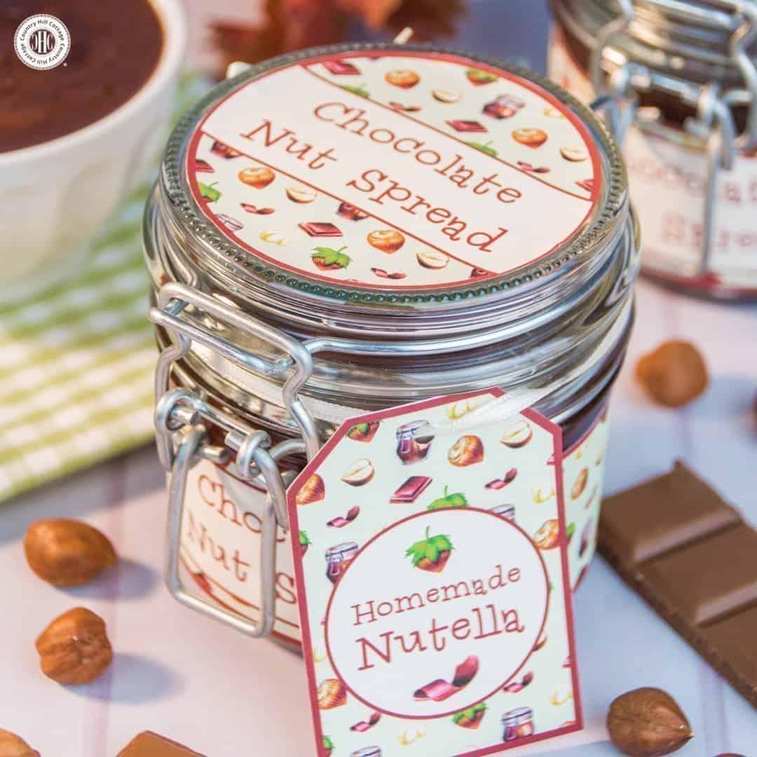 Homemade Nutella Chocolate Nut Spread Recipe and Printable Label. #diy #nutella #foodgift| countryhillcottage.com