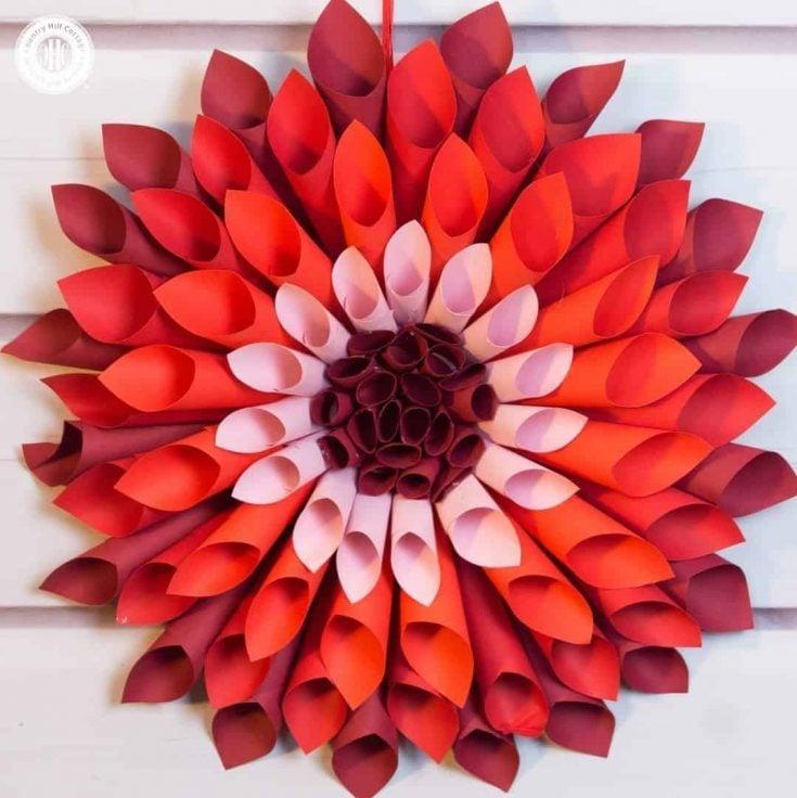 Let's craft giant paper dahlias! #papercrafts |countryhillcottage.com