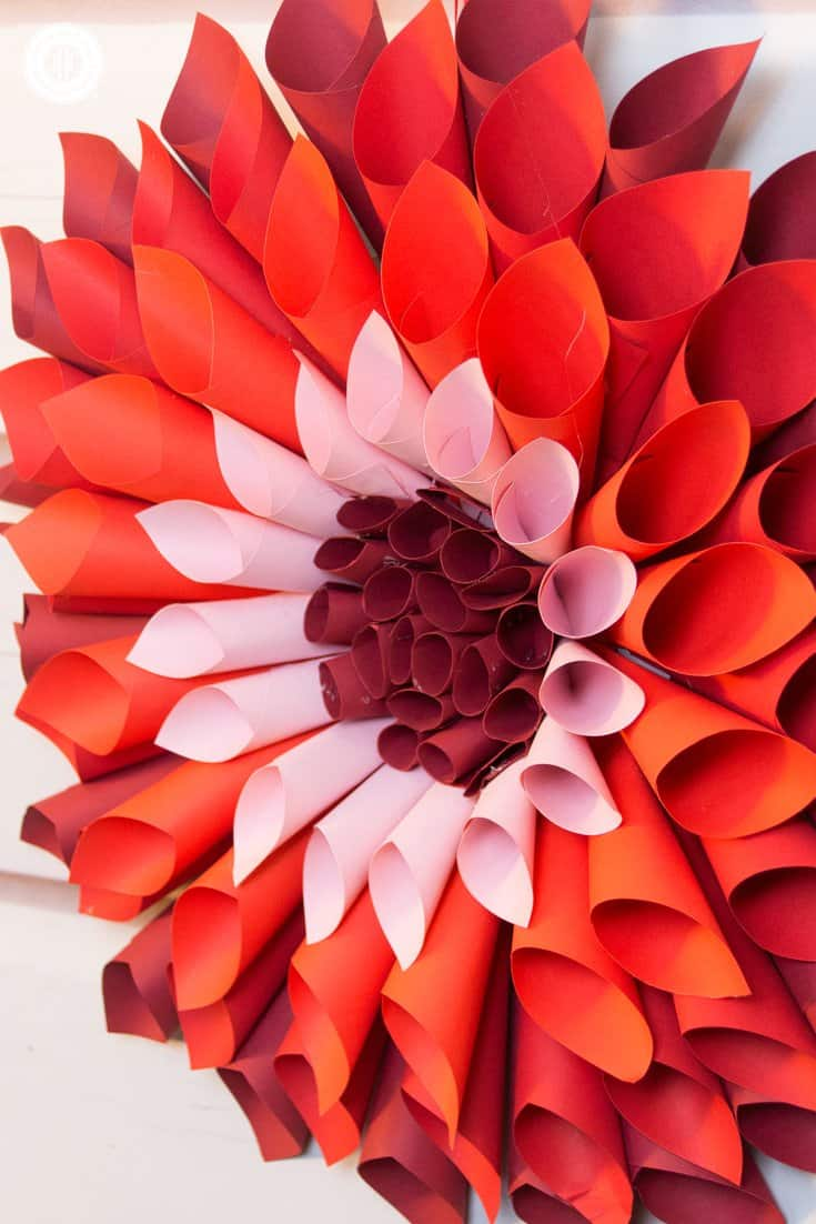 giant paper flower template free - let 39 s craft giant paper dahlias country hill cottage