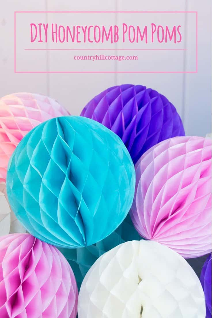 Learn how to make DIY honeycomb pom poms and download our free printable template to make crafting even easier! #tissuepaper #pompoms|countryhillcottage.com