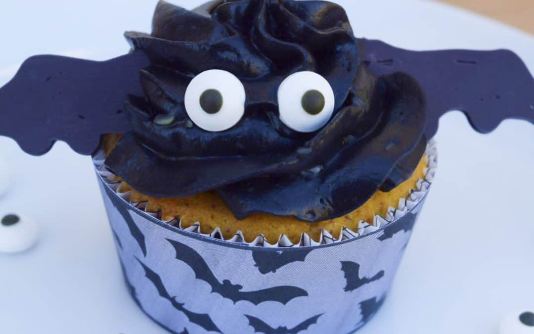 Jenny's Pumpkin Bat Cupcakes ♥ Guest Post