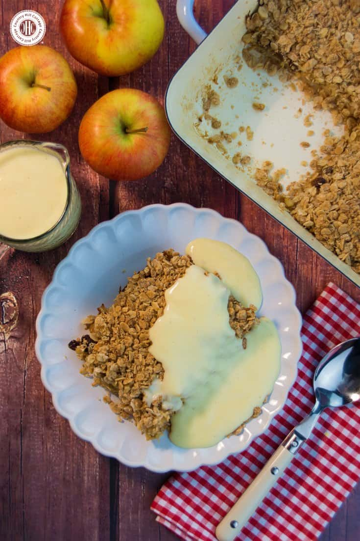 Crunchy Apple Crumble with Vanilla Custard | countryhillcottage.com