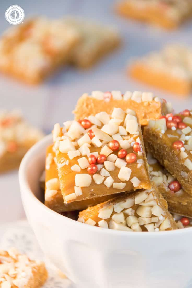 Whenever we have any leftover caramel, we use it to make these delectable fudge bites! This treat tastes even better with the addition of nuts and you can use sprinkles for decorating! #fudge #caramel #toffee | countryhillcottage.com