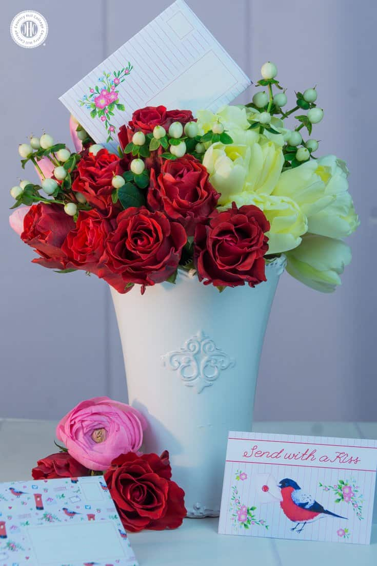 Create a romantic hand-tied bouquet for Valentine\'s Day | Country ...