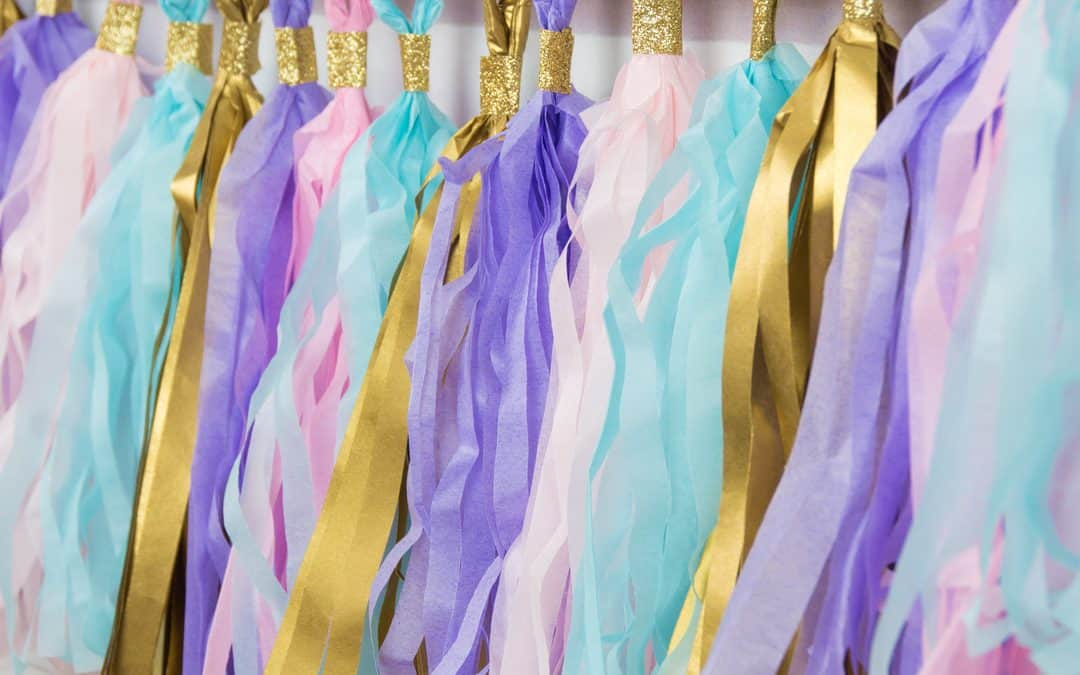Tassel Garland: Pretty Paper Decoration for Party and Weddings