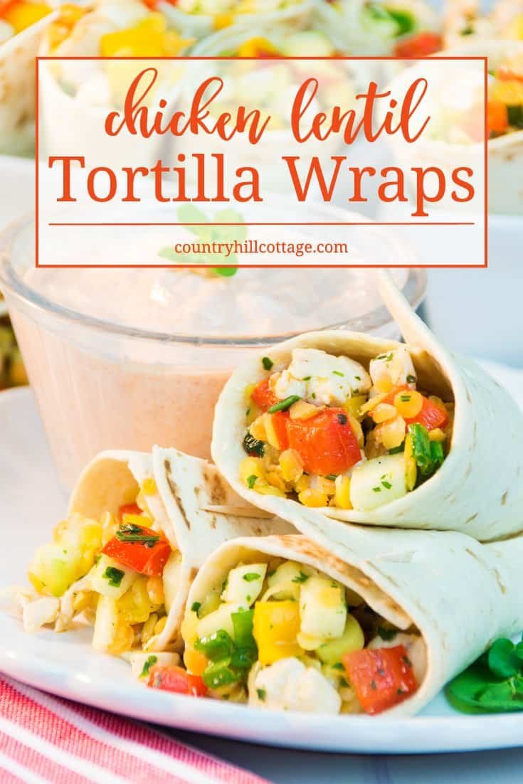 Our chicken lentil tortilla wraps are great for a picnic, as appetizer for BBQ , or as snack for a summer party. They're made with delicious chicken, lentils, peppers, parsley, and lemon juice. #chicken #tortilla #partyfood | countryhillcottage.com