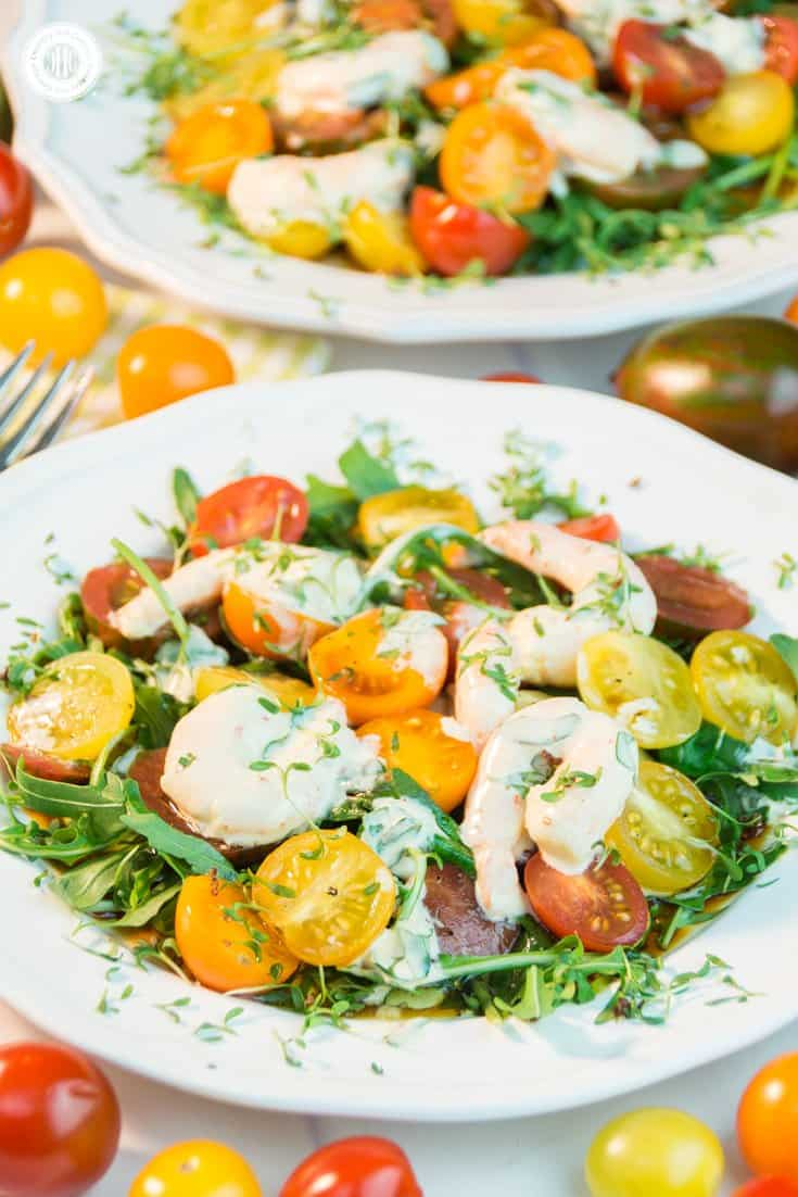 Make the most of vibrant summer produce with this flavour-packed tomato arugula salad with shrimp! Serve the salad as a side for BBQ, a starter as part of dinner or as a light meal. #tomatoes #arugula #salad| countryhillcottage.com