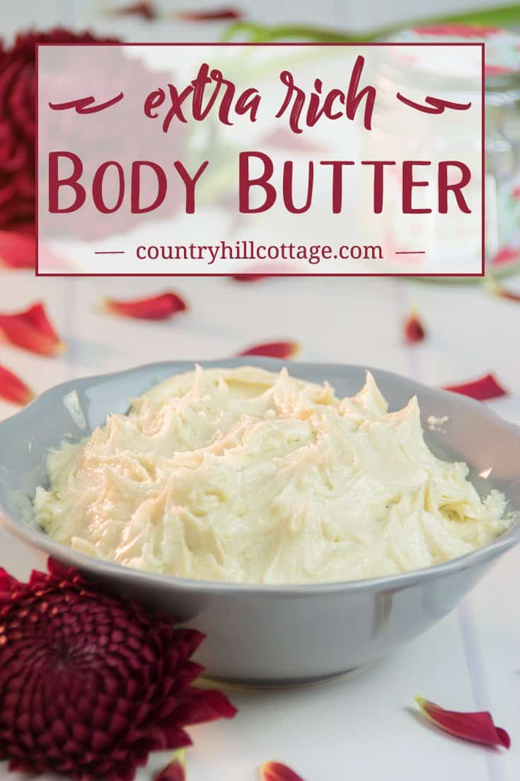 Our extra rich body butter is perfect to remedy dry skin in autumn and winter. The base for this beauty DIY is made with cacao butter and shea butter that help to keep the skin moisturised and protect from drying out. Apricot kernel oil and jojoba oil further boost the nourishing effect. #skincare #bodybutter #beautydiy | countryhillcottage.com