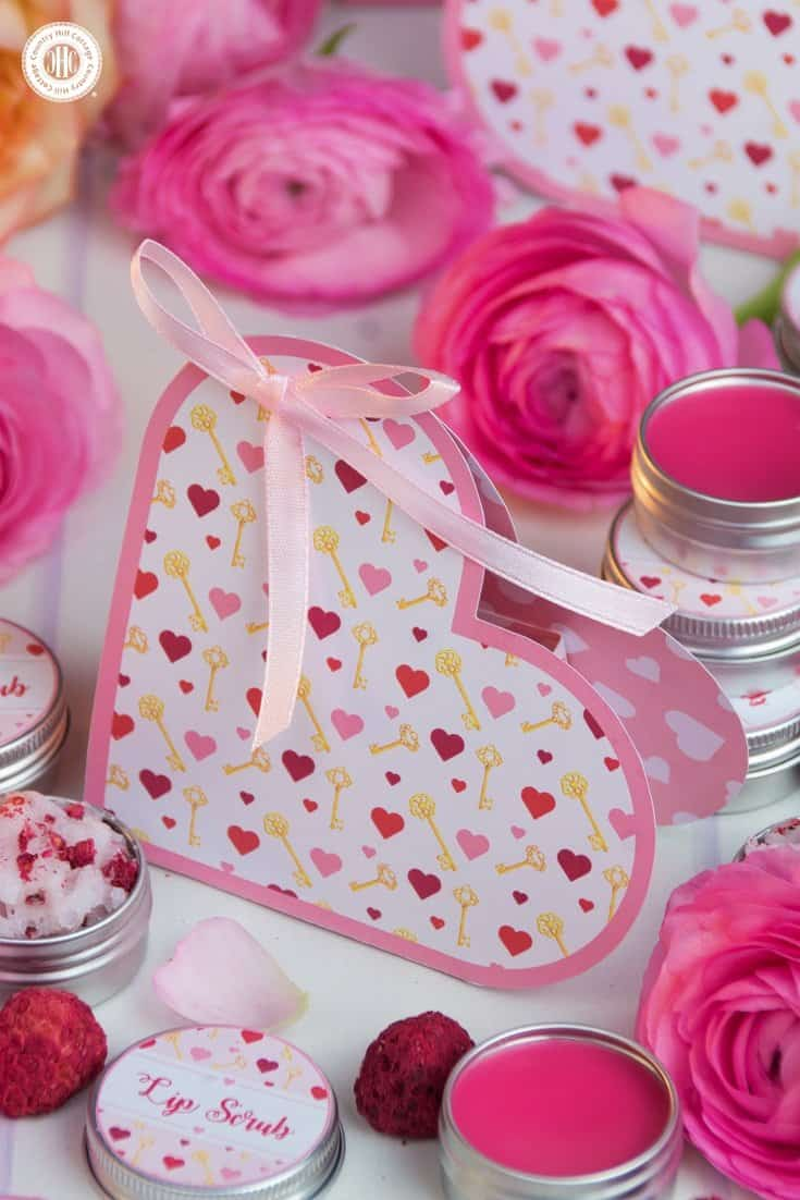 Our lip scrub and lip balm duo look extra cute packaged in our free printable heart favour boxes for the Key to My Heart collection. #ValentinesDay #printable #giftgiving | countryhillcottage.com