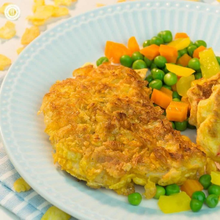 Crisp, golden brown cornflakes-coated turkey chops are a simple and tasty weeknight supper your family will love. Cornflakes create a crunchy crust that deliciously contrasts with the tender turkey chops. You can put this dish on the table in less than 40 minutes, and most of the ingredients are pantry stables you already have at home. #cornflakes #turkey #chops #weeknight #dinner | countryhillcottage.com