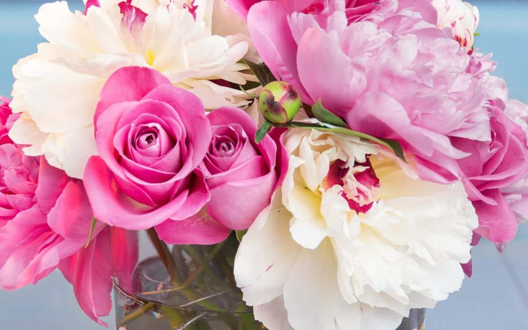 Peony Rose Arrangement & Printable Vase Wrapper