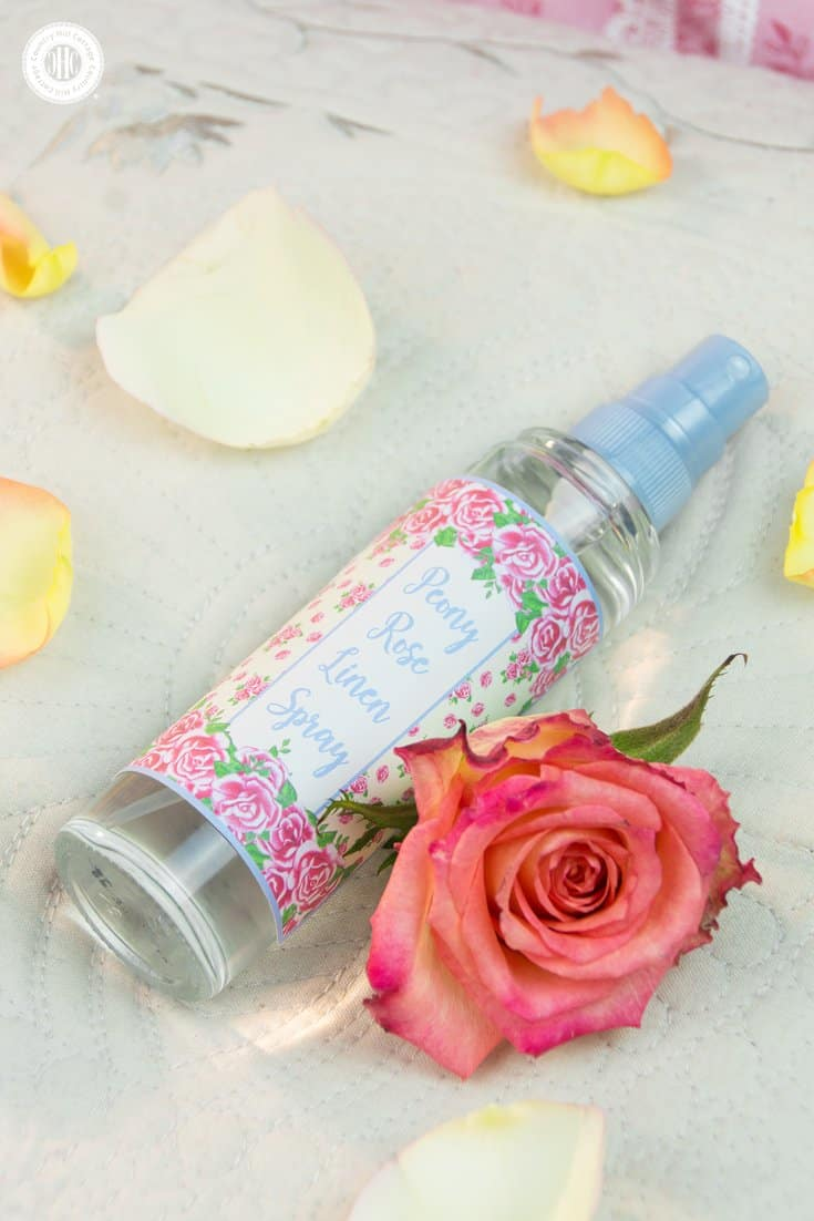 Looking for a quick way to freshen up the house? Then whip up our peony rose linen spray with essential oils! This DIY linen spray is made only with natural ingredients. It's child-friendly and pet-safe. Mist pillows, blankets, shower curtains, sofas. Spray it on linens before ironing or the little one's stuffed animals. Use our free printable label decorate the linen spray. #linenspray #pillowmist #peony #rose #diy #printables #diygift   countryhillcottage.com