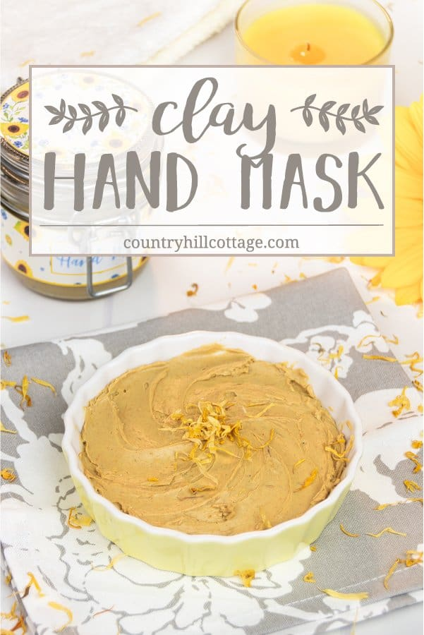 Care for your hands with a nourishing DIY hand mask! Our homemade clay mask clarifies and moisturises dry, sensitive skin. You only need 3 ingredients: French yellow clay, avocado and calendula oil, and optionally essential oils. This oil-based clay mask doesn't dry out the hands but moisturises and heals while cleaning the skin. The beauty DIY includes the printable recipe and printable labels for storing and gifting. #claymask #handmask #essentialoils #skincare | countryhillcottage.com