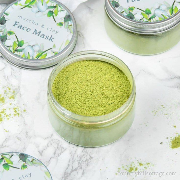 purifying DIY matcha green tea clay mask