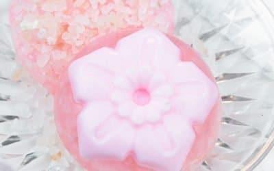 DIY Exfoliating Soap with Himalayan Salt | Cute Magnolia Soap Bars