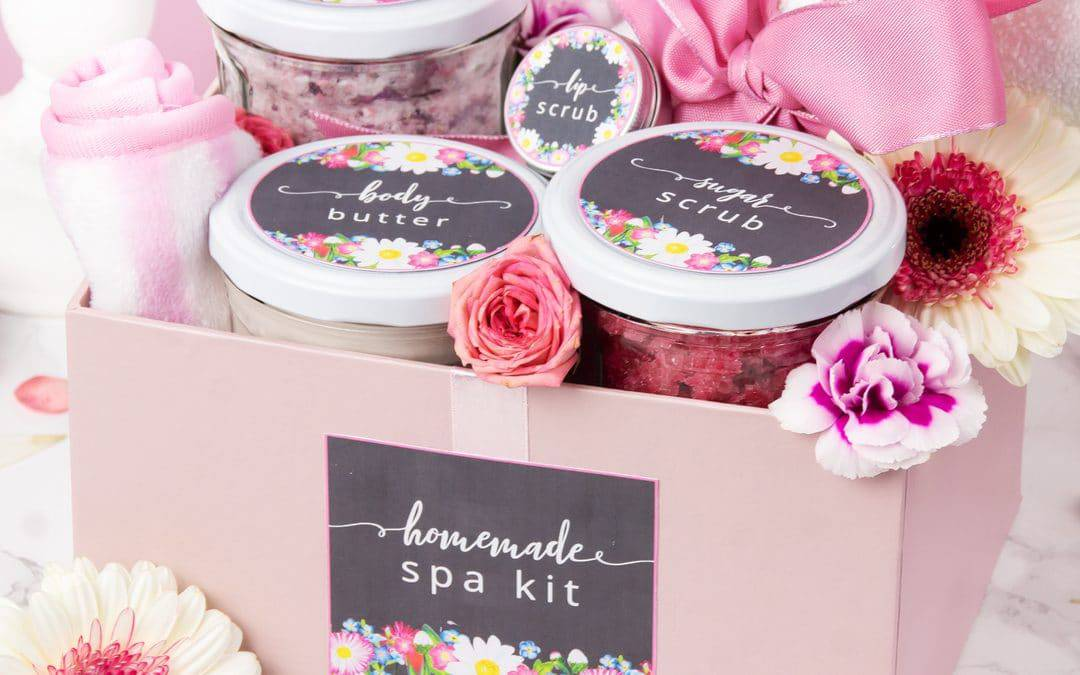 DIY Spa Kit with Free Printable Labels | Easy Homemade Gift Idea