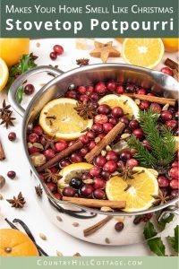 How to make an easy homemade Christmas stovetop potpourri, perfect for fall and winter. This simple DIY holiday simmering pot recipes is made with orange, cranberry pine, and spices like cinnamon, vanilla, ginger, star anise and optionally essential oils. The house smells like Christmas with this natural air freshener simmer pot. The tutorial includes printable labels and gift tags to create a gift kit. #Christmas #potpourri #airfreshener #stovetoppotpourri #simmerpot | countryhillcottage.com