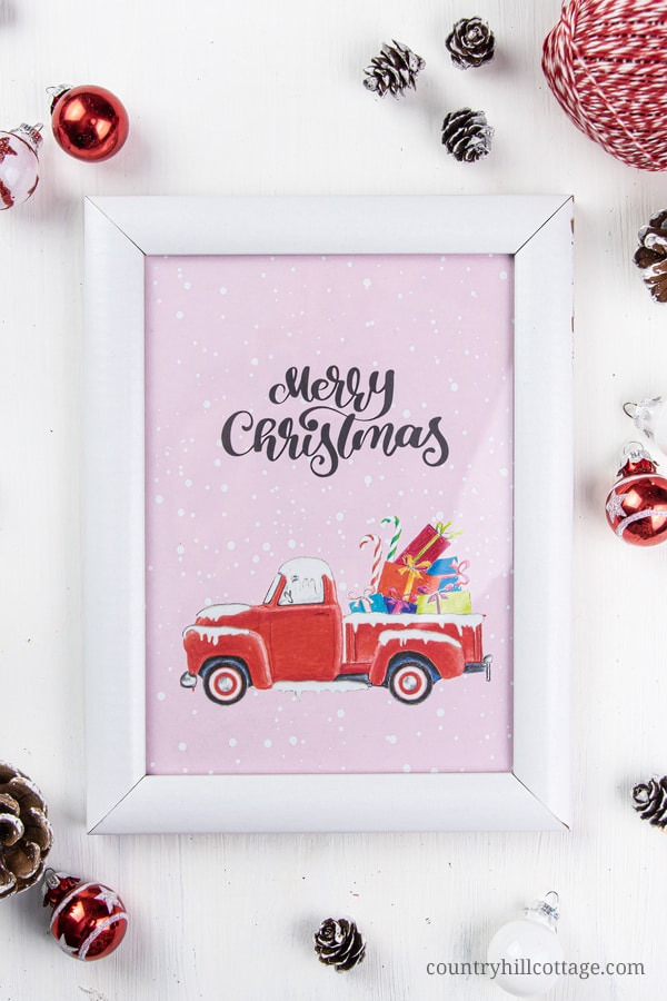 FREE printable Christmas wall art! The beautiful pictures are great as simple homemade room decor or to create a collage gallery wall for the kitchen, living room, mantle, bedroom, guest room, bath-room or kids room. The DIY holiday prints come in 6 designs and show vintage red truck with tree, perfect for rustic farmhouse decor. The holiday signs are available in sizes: 8x10, 5x7, 4x6 #wallart #christmas #printable #freeprintable #holidays #roomdecor #holidaydecor | countryhillcottage.com