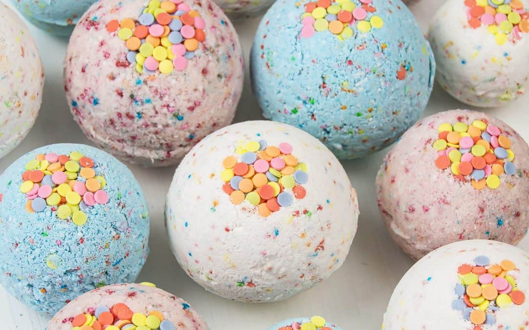 Homemade Bath Bombs without Citric Acid – Bath Bomb Recipe for Kids