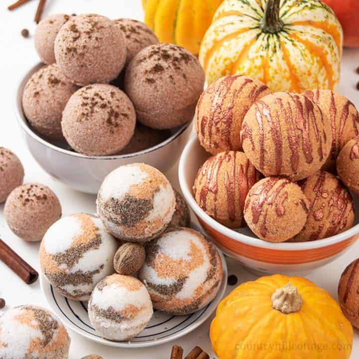 DIY Pumpkin Spice Bath Bombs – 3 Homemade Bath Bomb Recipes for Fall