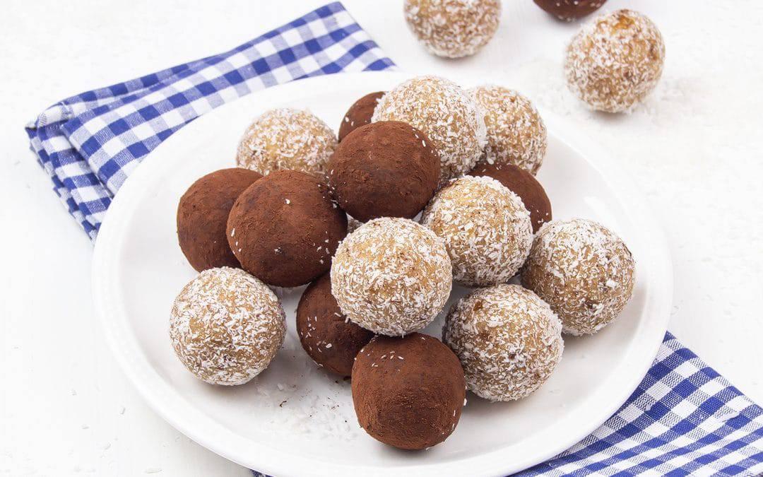 Healthy Vegan No Bake Energy Balls (Paleo, Gluten Free, Dairy Free)