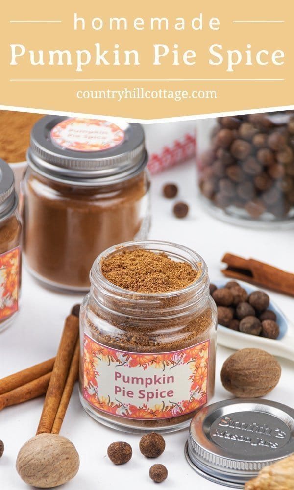 How to make pumpkin pie spice: Evoke the taste of autumn with homemade pumpkin pie spice, an aromatic mix of cinnamon, ginger, nutmeg and allspice. This warm DIY spice blend recipe adds fall flavor to seasonal baking and desserts, from latte to cookies, cakes, syrup, coffee and muffins. Quick and easy, pumpkin spice can be made without allspice too. Vegan, gluten free, grain free, low carb, paleo & keto friendly. #pumpkinspice #pumpkinpiespice #spiceblend #baking #fall | countryhillcottage.com