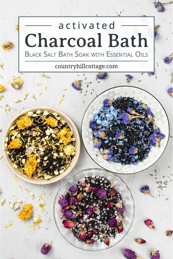 How to make easy DIY floral bath soak recipes scented with essential oils and natural organic ingredients. The relaxing activated charcoal bath is made with Himalayan salt and calming lavender. Herbal black salt bath is great for stress, detox, sinus and sore muscles. Suitable for kids and men. Includes packaging/container tips and free printable labels for holiday gifts, wedding favors, Christmas or Mothers Day. Can be made in bulk to sell. #diybathsalts #essentialoils | countryhill-cottage.com