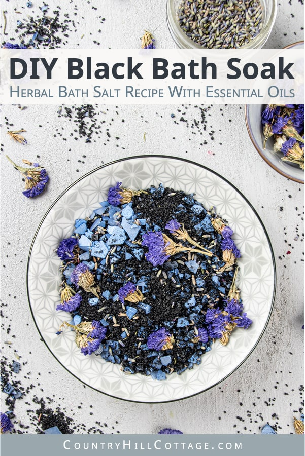 How to make calming DIY blue lavender bath salts for relaxation and stress relief. Made with natural organic ingredients like black salt, Himalayan salt, coconut oil and essential oil scented. A relaxing activated charcoal bath is great for detox and cleansing, sinus and sore muscles. Suitable for kids and men. Includes packaging/container tips and printable labels for holiday gifts, wedding favors, Christmas or Mothers Day. #diybathsalts #lavender #bathsoak #diy #gift | countryhillcottage.com