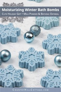 Learn how to make moisturizing snowflake bath bombs with essential oils! This easy cute DIY bath bomb recipe is perfect to hydrate dry winter skin and great for kids. The instructions include a step-by step tutorial for a silicone mould, scent ideas and free printable gift tags for packaging. The beautiful blue winter bath fizzies are a luxurious bath time treat and a lovely handmade gift idea for Christmas and the holidays. #bathbombs #Christmas #Holidays #gift #DIY | countryhillcottage.com