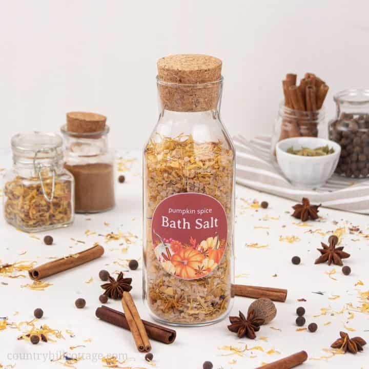 DIY Pumpkin Spice Bath Salts Recipe