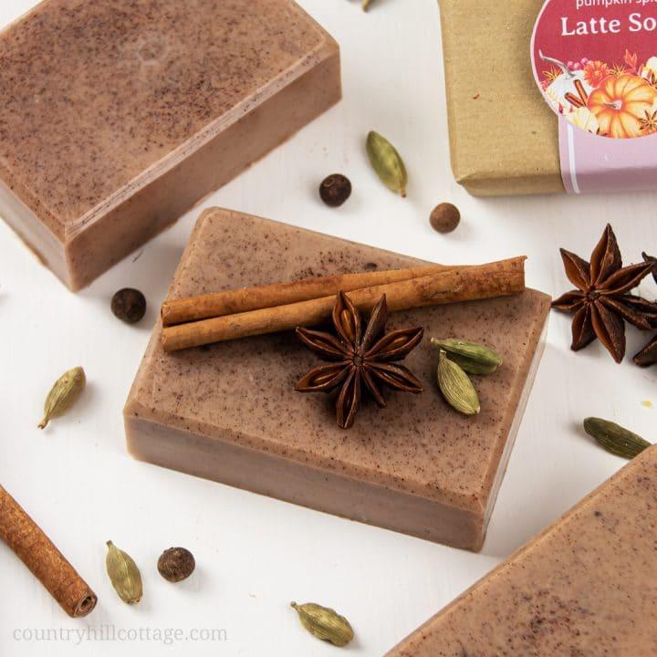 DIY Pumpkin Spice Soap – Easy Fall Melt and Pour Soap Recipe