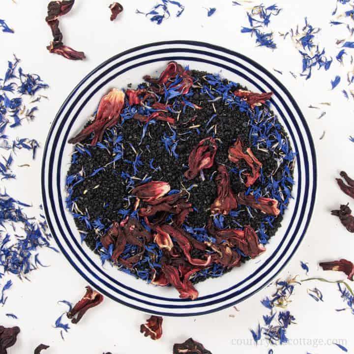 Hawaiian Black Lava Bath Salts – DIY Aromatherapy Bath Soak Recipe
