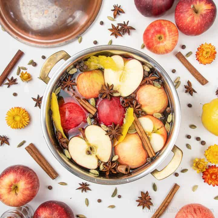 Fall Stovetop Potpourri Recipe – Easy Homemade Autumn Simmer Pot
