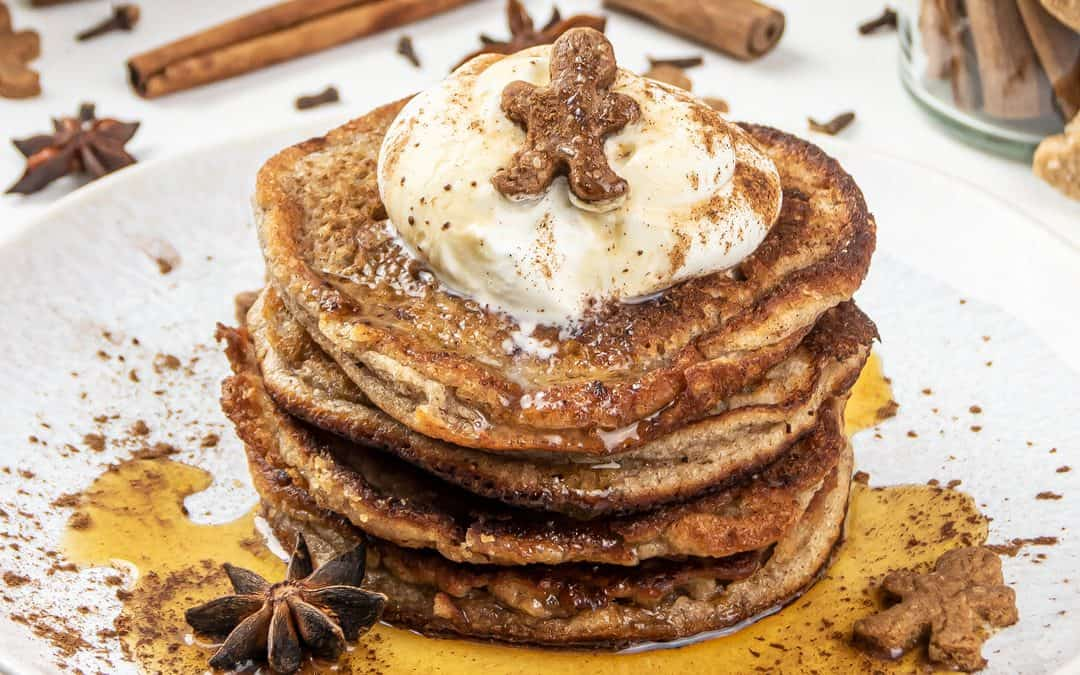 Gingerbread Pancakes – Healthy Christmas Pancake Recipe