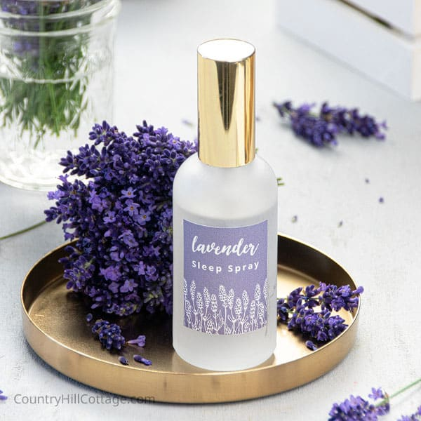 Lavender Sleep Spray {Relaxing Slumber Spray Recipe}