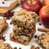 Vegan Apple Crisp Bars – Easy Gluten-Free Apple Pie Bars with Streusel Topping
