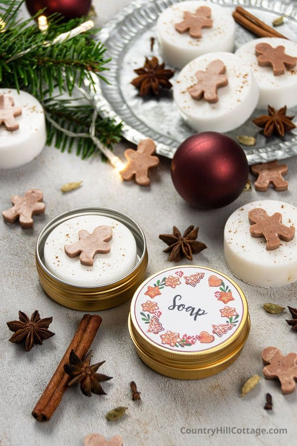 Christmas soap recipe with printable labels