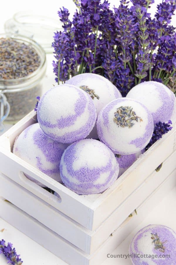 how to make lavender bath bombs