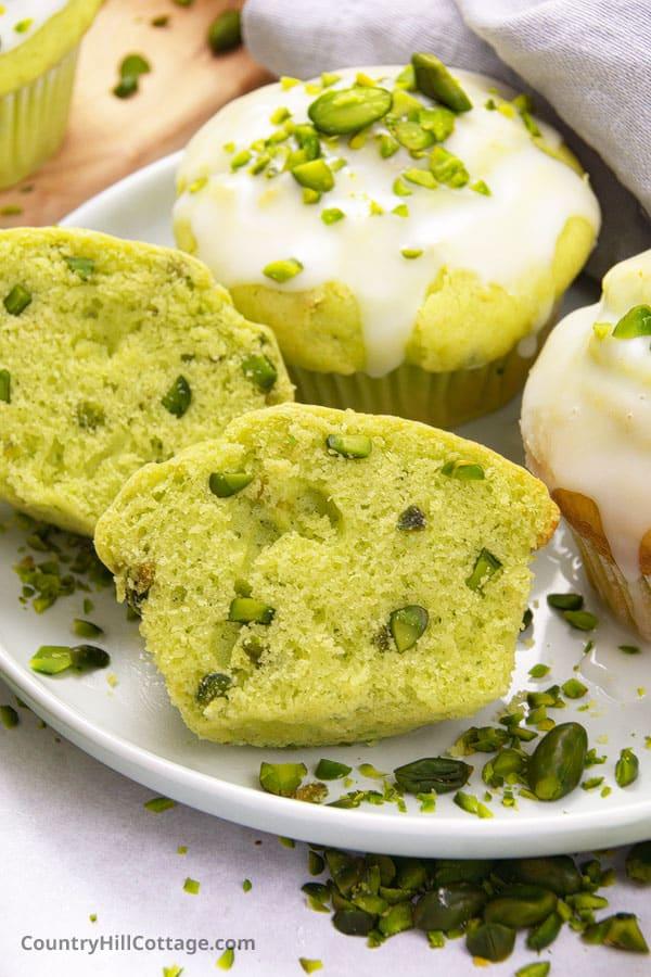 easy pistachio muffins recipe