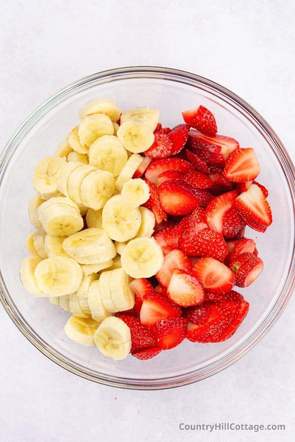 strawberry banana fruit salad