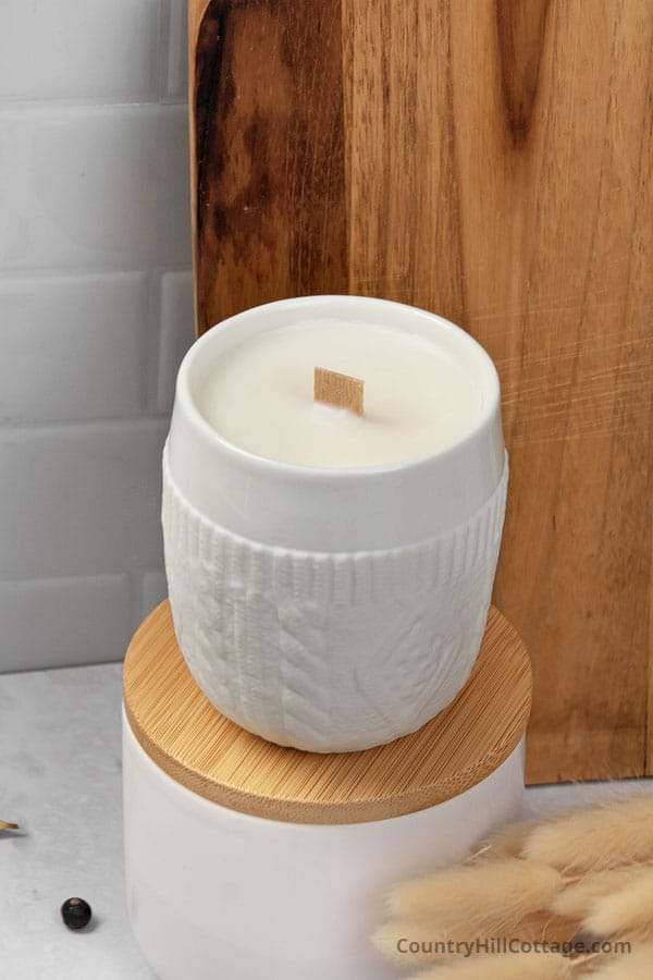 diy sweater weather candle