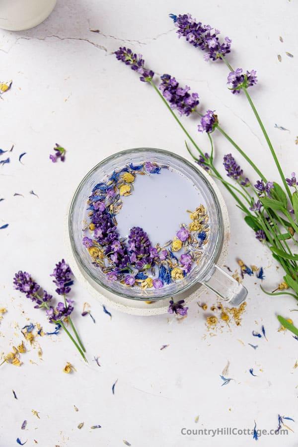 lavender milk benefits