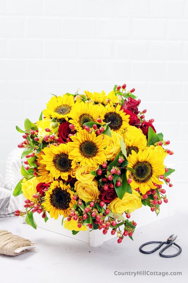 roses and sunflower bouquet