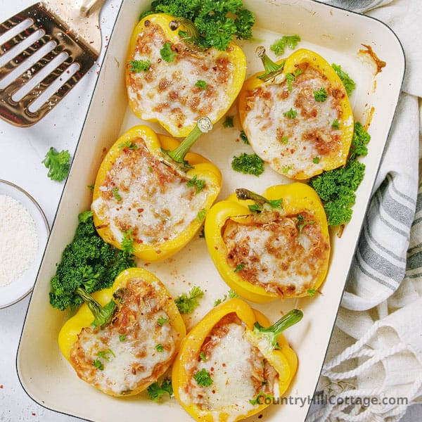 Chicken Parm Stuffed Peppers {No Rice, Low Crab}